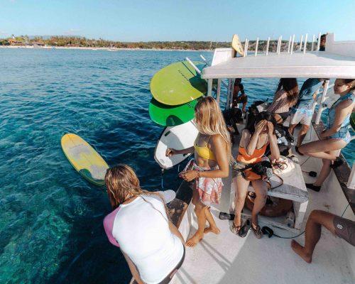 Boat-trip-surf-lembongan