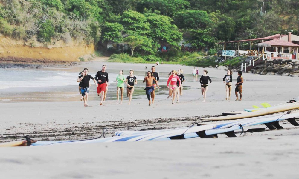 Surf coaching Montanita