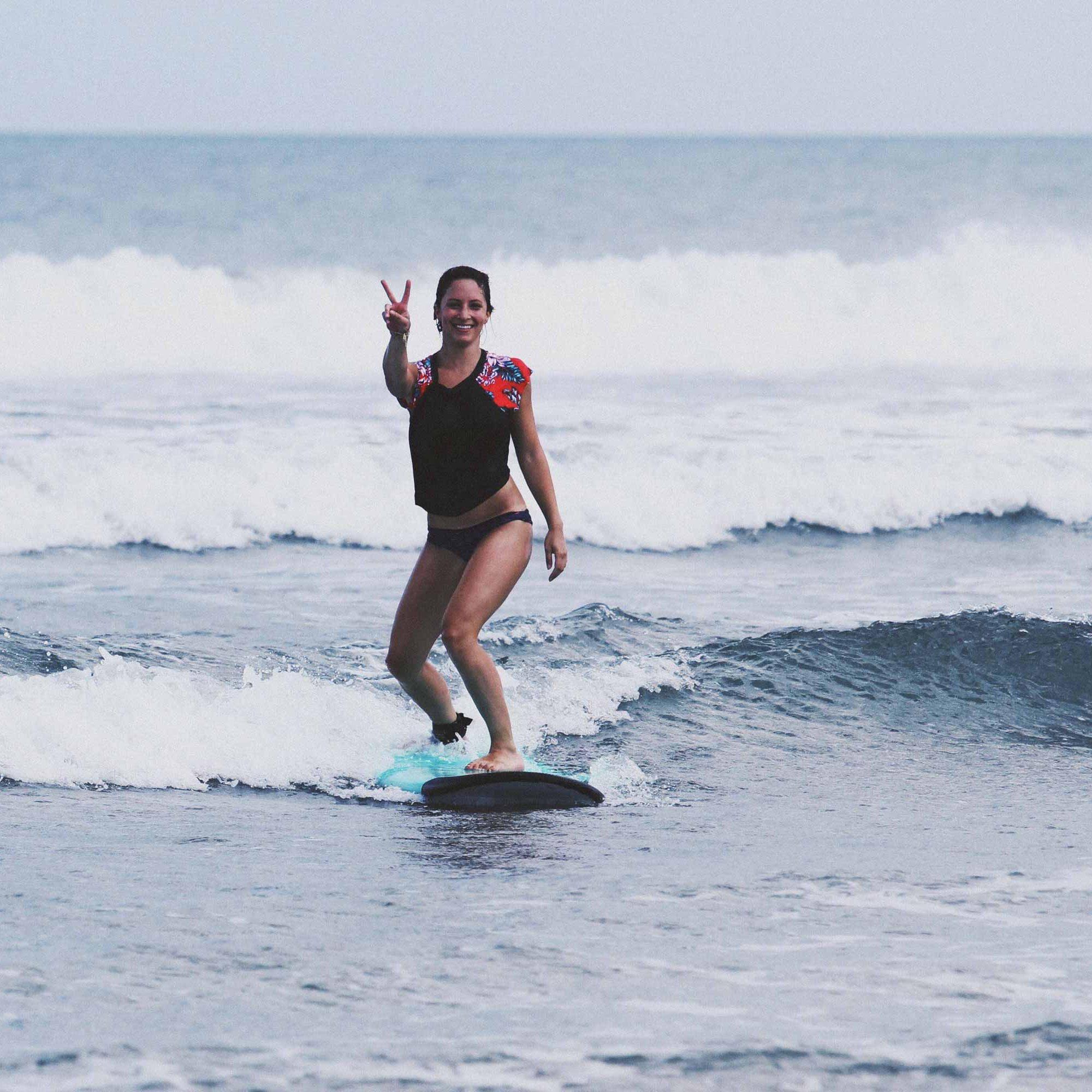 Kuta-Beach-Beginner-Surfer