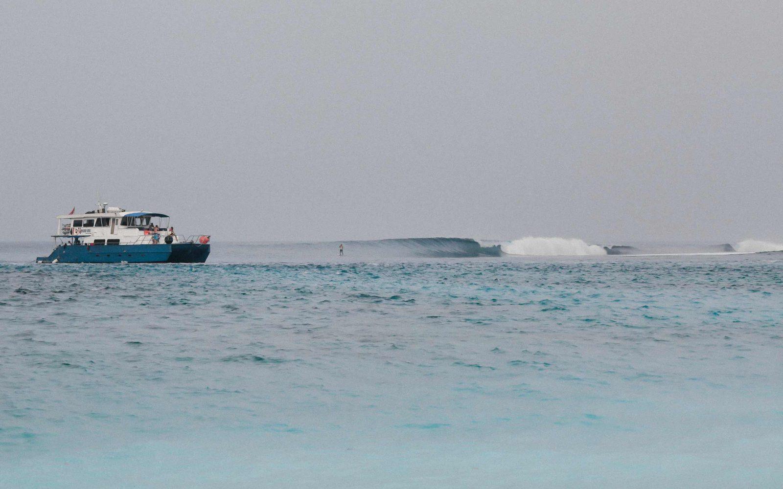 Lances-Right-Surf