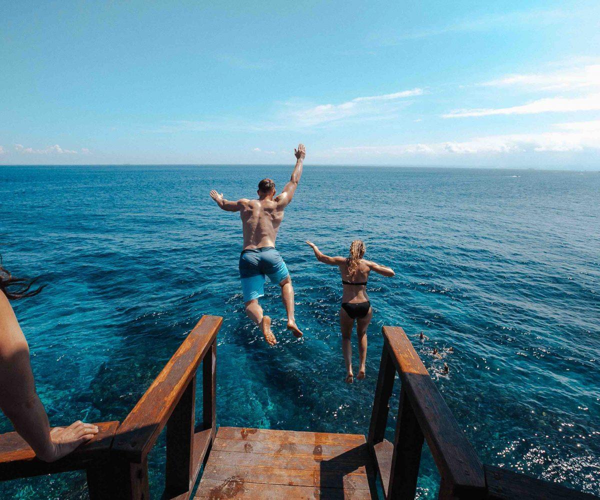 Couple Clif Jump Lembongan Bali