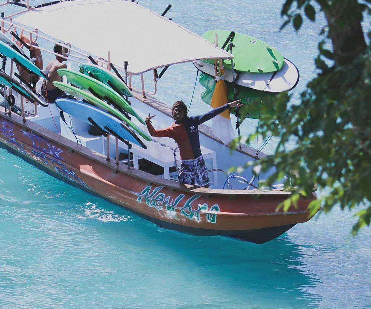 Surf Charter Nusa Lembongan