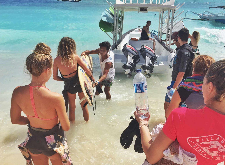 Learn to Surf Nusa Lembongan