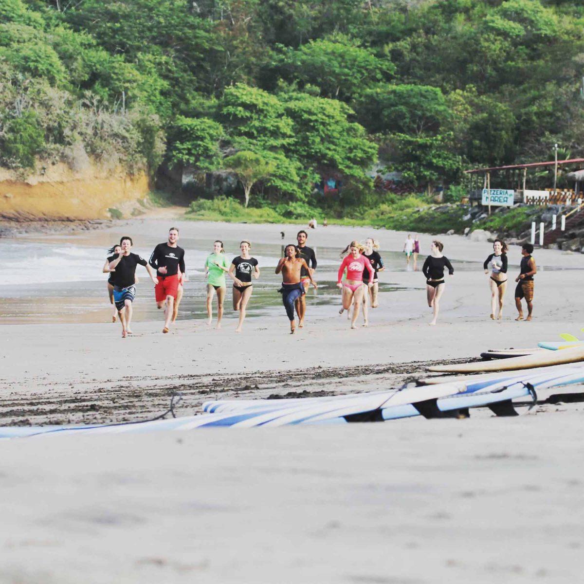 Surf coaching Montanita
