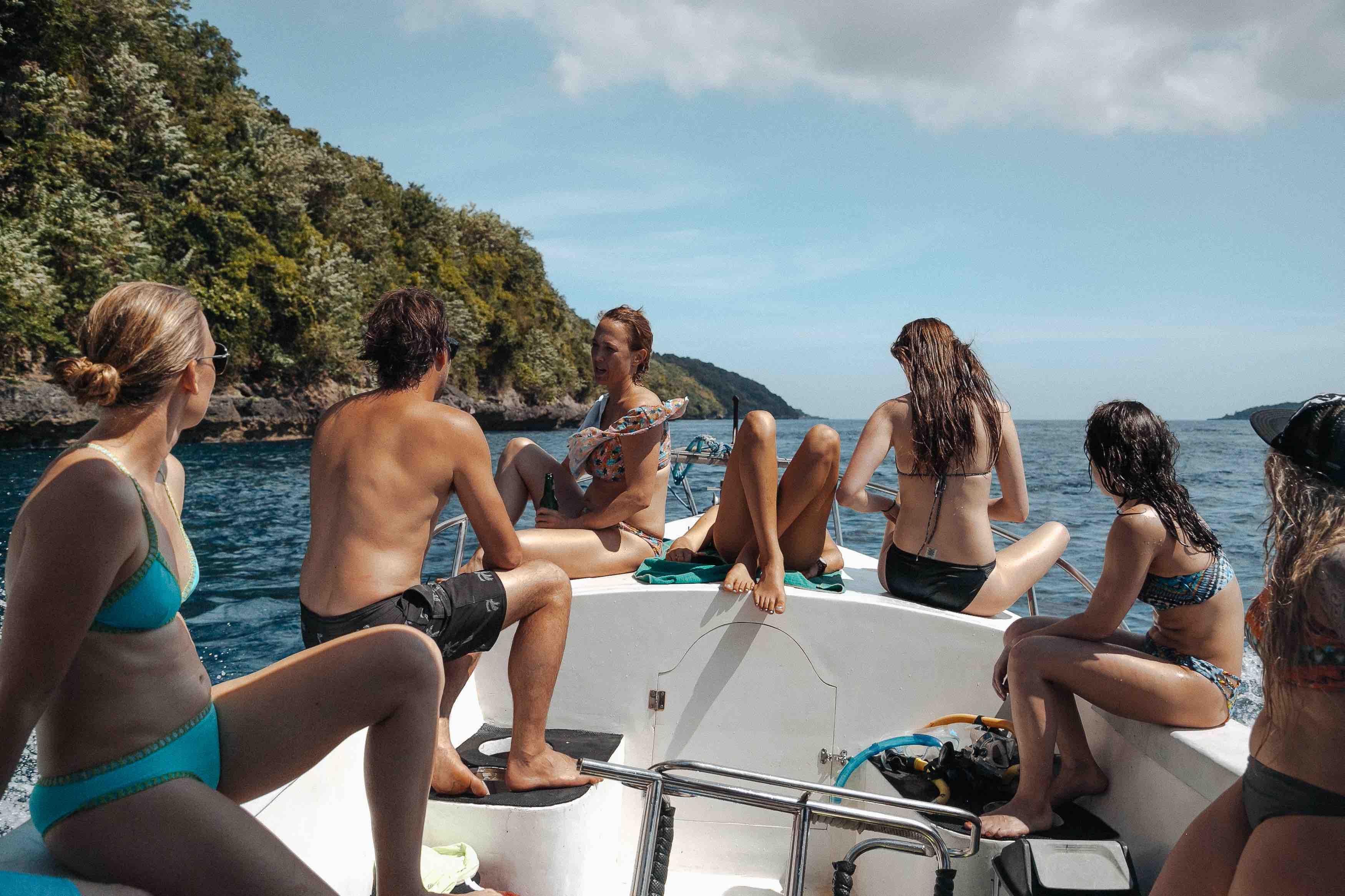 Boat Snorkelling Surf Trip