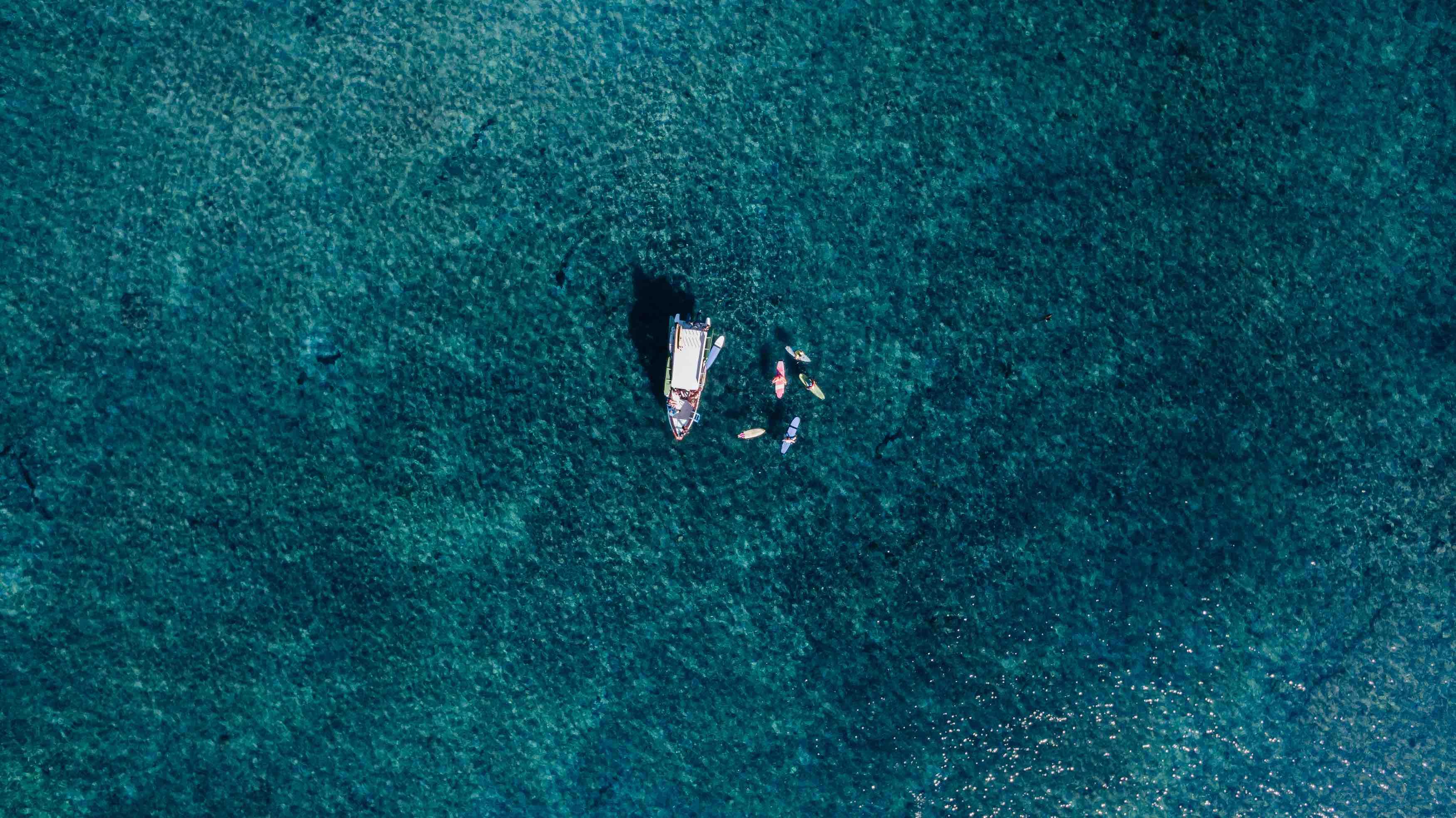 Surf Boat Lembongan