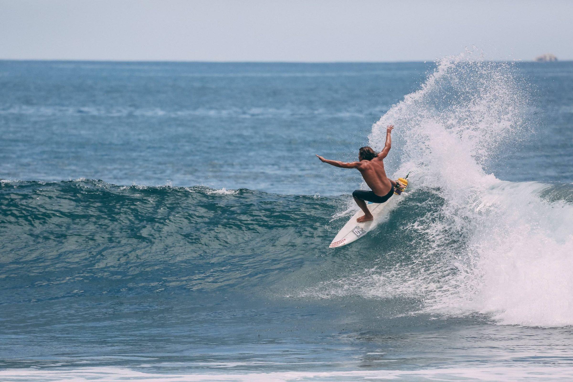 Israel Barona Surf