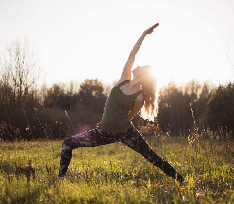 Yanou Simard Yoga Teacher Barefoot Surf Travel