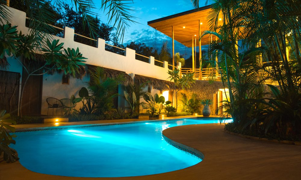 Costa Rica Accommodation Surf Coaching Pool