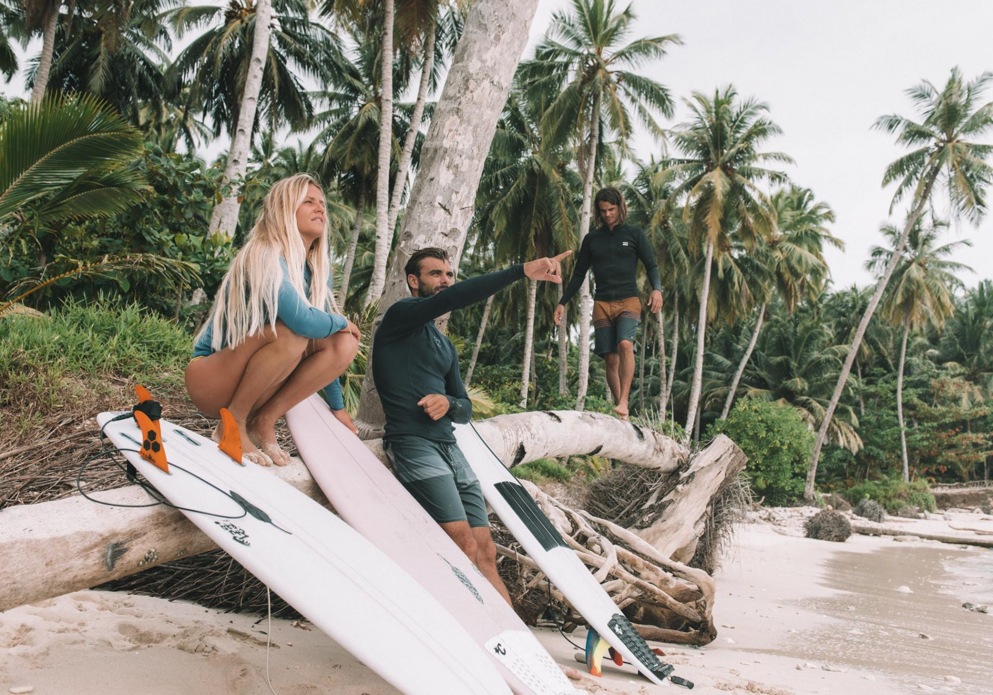 Team Barefoot Surf Travel