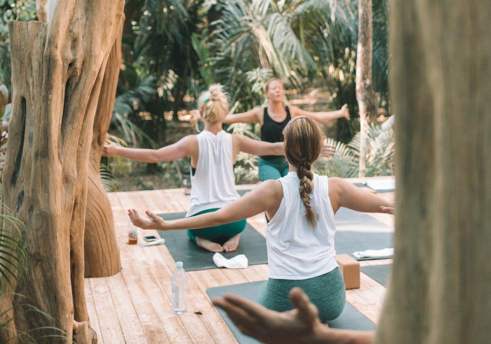 Yoga & Surf Coaching Retreats