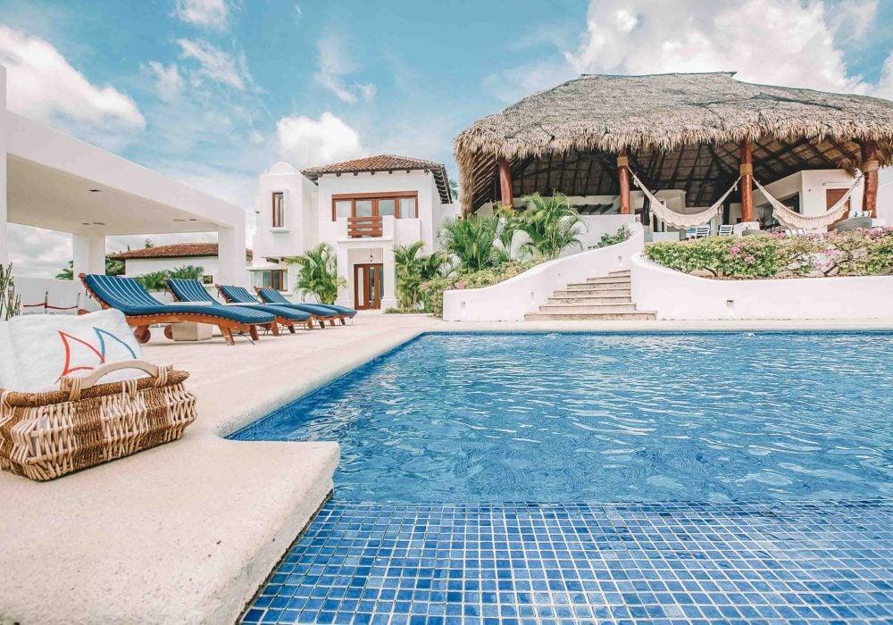 Surf Coach resort Nicaragua