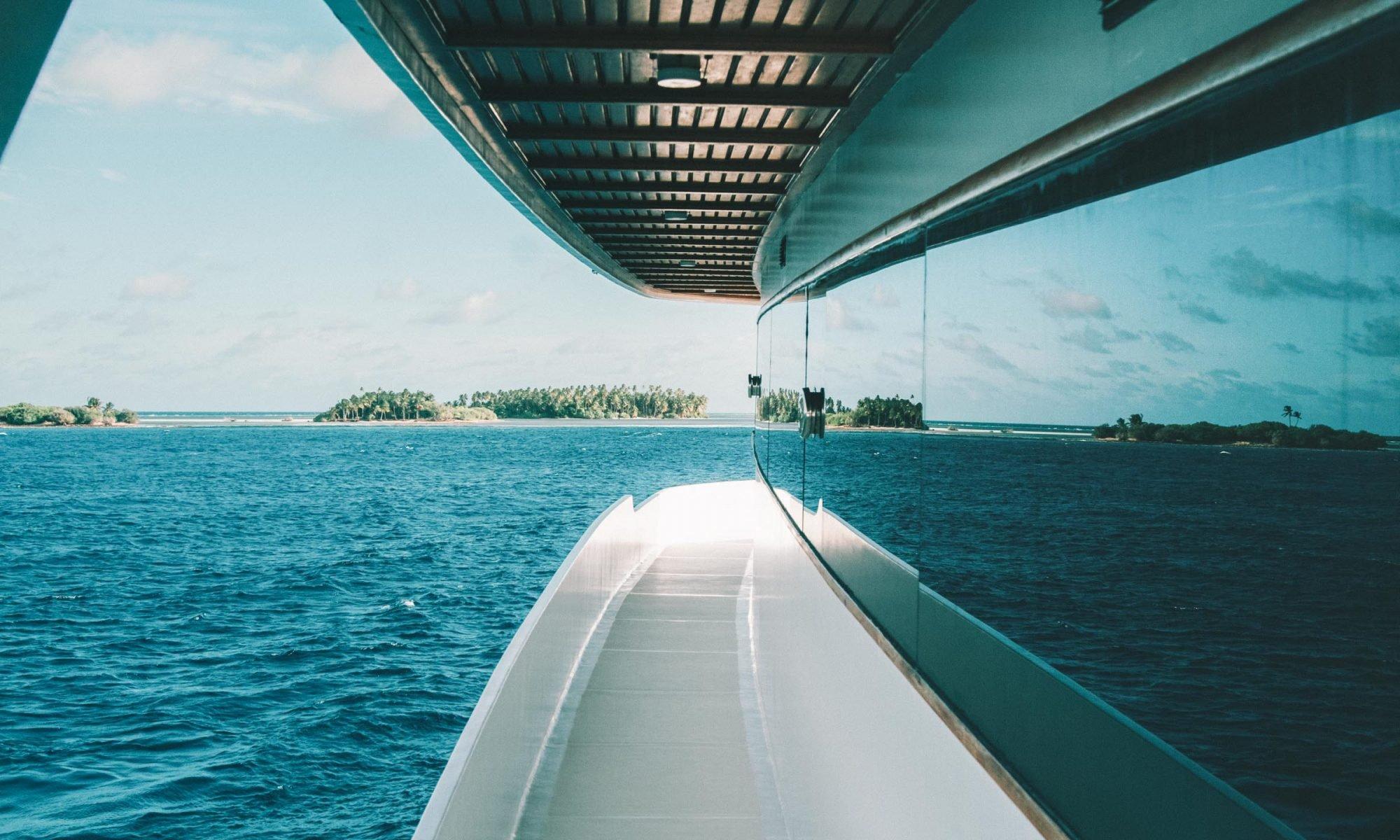 Surf boat Southern Atoll