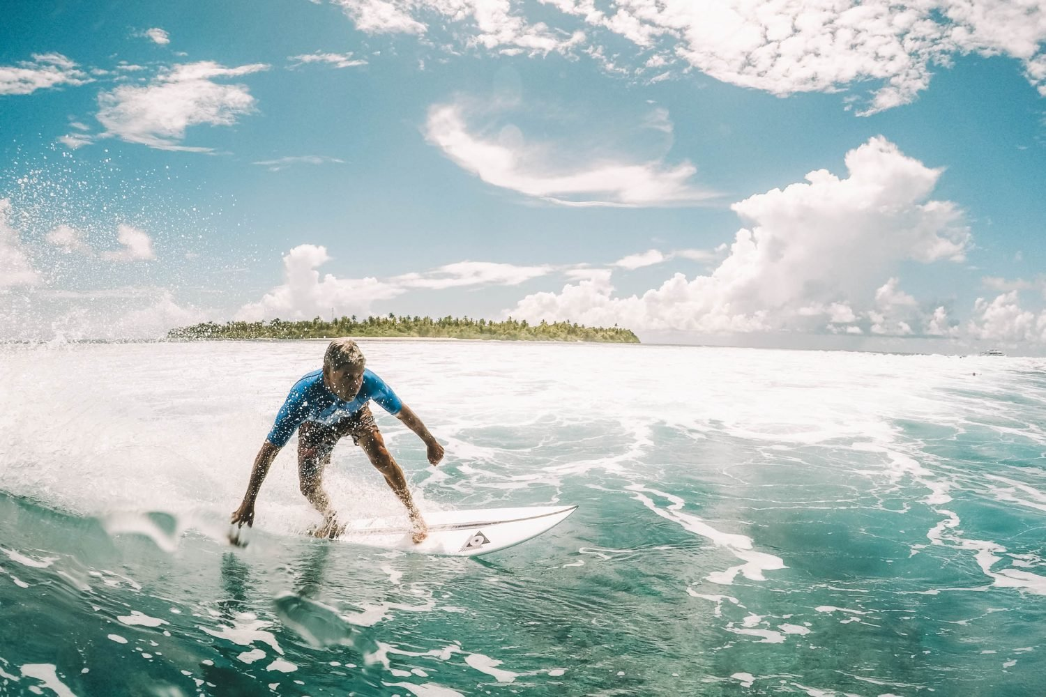 Blue Bowls Maldives Surfing